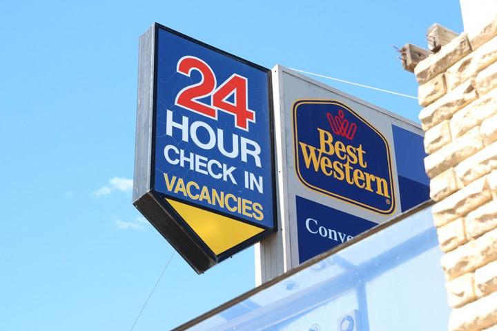 Best Wsstern Goulburn 24 Hour Check Inn Touch Screen Kiosk